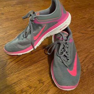 Nike FS lite run women size 7